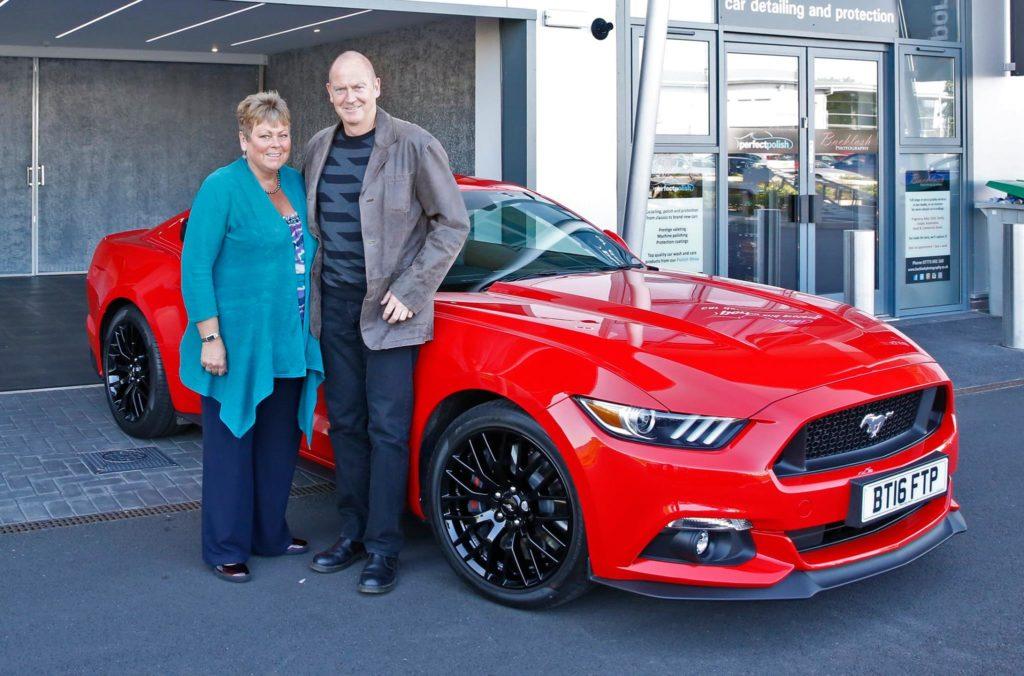 Mustang hire - Julie & Dylan